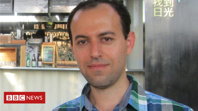 Fields medal: UK refugee's major maths award stolen