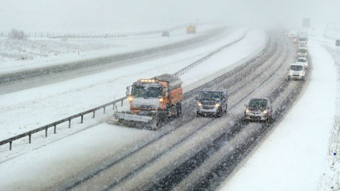UK weather forecast recap: Travel chaos as snow and ice spreads east