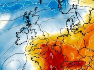 UK weather forecast - Sun to return with 25C heat next week...but only after weekend washout