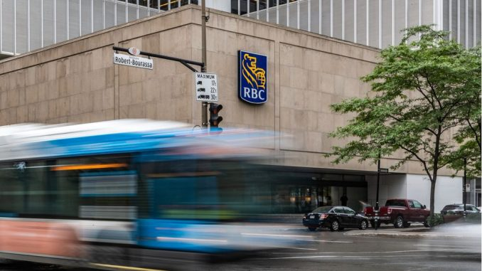 The address for Montreal Construction Group corresponds to a non-existent lot that would be in the middle of René-Lévesque Blvd., near Place Ville Marie. Workers in the area say they have never heard of the company.