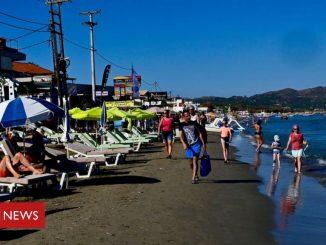 Coronavirus: UK under pressure to impose Greece quarantine