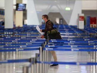 Greece extends flight restrictions