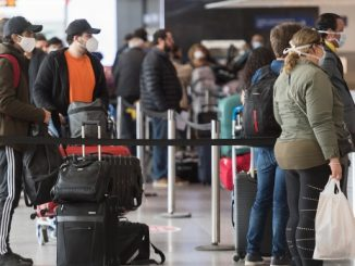 'Very difficult' to meet Canada's immigration targets after pandemic drop: immigration lawyer