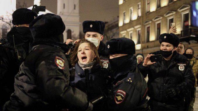 Is Russia's Future Belarus's Present? by Sławomir Sierakowski